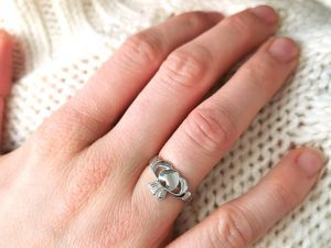 The Claddagh ring - how to wear it.